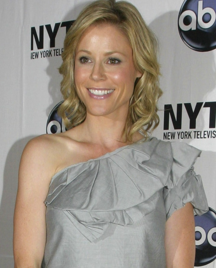 Breast surgery on Julie Bowen